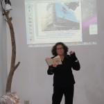 performance poetica di Giuliana Adezio